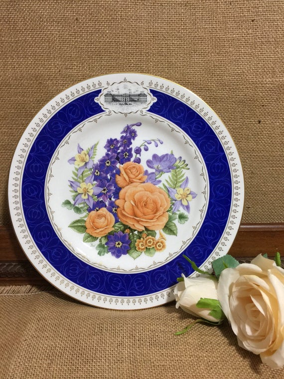 """RHS 1988 Chelsea Flower Show Fine Bone China Plate by ROYAL WORCESTER - Chelsea Anniversary 9"""" Decorative Plate - Vintage Collectable Plate"""