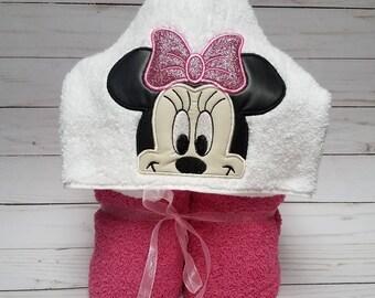 Minnie Mouse Hooded Towel - Beach towel - Pool towel - Bath towel