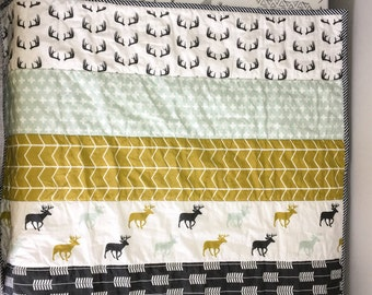 Woodland modern baby quilt   minky baby or toddler quilt   minky woodland blanket