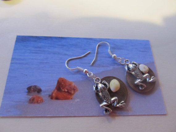 Natural Baltic #Amber Good #Luck Money #Frog #Toad #earrings #amulet talisman #souvenir #coin cash figure bead #gift #present lucky #penny