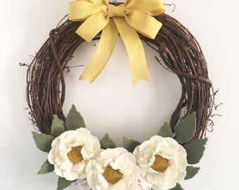 Felt flower grapevine wreath, felt flower wreath, yellow wreath, grapevine wreath, farmhouse wreath
