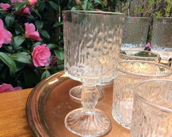 12 Retro Glasses 6 Wine and 6 Water Bark pattern