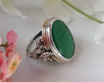 Arts and Crafts Sterling Leaf Ring Green Stone