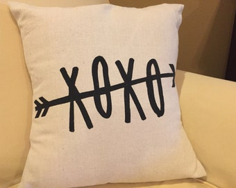 XOXO Pillow Cover, XOXO, Hugs and Kisses, Canvas Pillow Cover, Envelope Style Pillow Cover, Love Pillow Cover, Pillow Sham, Valentines