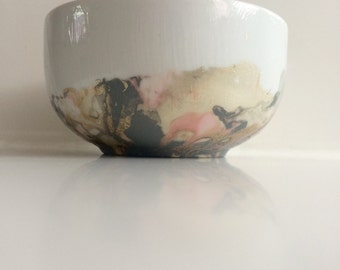 Marbled Cat Bowl