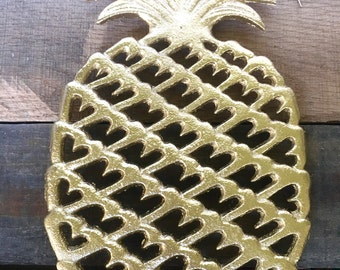 Cast Iron Pineapple Trivet - Gold Pineapple Decor - Pineapple Kitchen Decor - Pineapple Wall Hanging - Modern Kitchen Wall Decor - Cookware