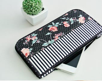Night Blossom Long Wallet, Smartphone Wallet, Vegan Wallet, Bi-fold Wallet, Organizer Wallet, Zipper Clutch, Gift for Her - Made to order
