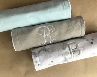 Personalized burping cloth set, baby boy burping cloth, monogrammed burping cloth, new baby gift