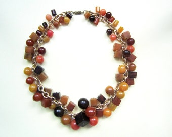 Vintage celluloid necklace, 1940s Usa