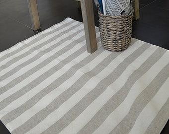 Striped stonewashed Linen rug - Double-layered feet mat - Natural thick linen bath mat - Bathroom striped mat \ rug