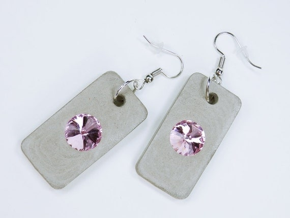 Earrings made of concrete with pink colored rhinestones on silver-colored earrings concrete jewelry jewelry pendant earrings