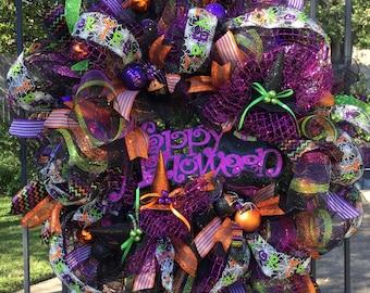 ON SALE Halloween Wreaths, Deco Mesh Halloween Wreath, Halloween Decor, Front Door Wreaths, Wreath, Deco Mesh Wreath, Witch Wreath, Wreaths