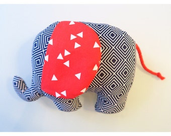 Rattle elephant Freddie