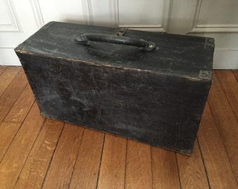 valise ancienne etsy. Black Bedroom Furniture Sets. Home Design Ideas