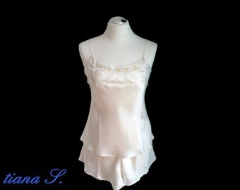 Seidenshorty cream, embroidered, nightwear, Gr. M