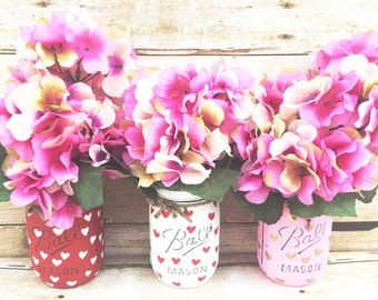 Set of 3 Hand Painted and Distressed Mason Jars, Mothers Day, Mothers Day Gifts, Teachers Gifts, Centerpieces, Rustic Decor, Home Decor!