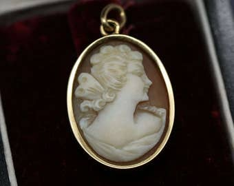 Vintage ancient genuine cameo pendant in 18k solid yellow gold 750 18 carats 5.43g