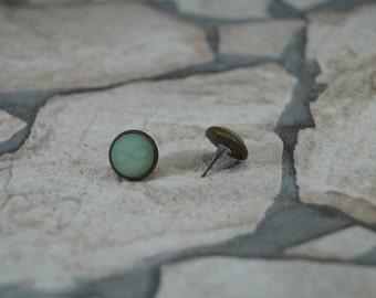 Infinity green Stud Earrings