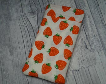 """Cell phone bag """"Strawberry miracle"""""""