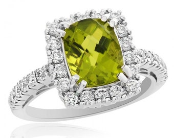 2.10 Carat Peridot with 0.76 Carat Diamond Ring 18K White Gold Antique Style
