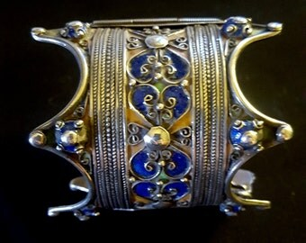 Morocco - AMAZIGH Berber Hinge Bracelet in silver with enamels