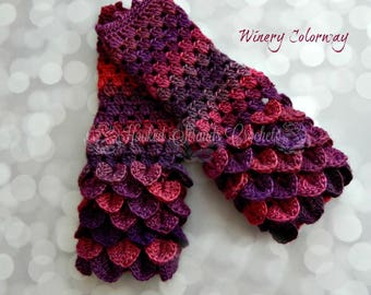 Dragonscale Gloves, Dragon scale fingerless gloves, Crochet gloves, Ladies gloves, Hand warmers, Womens mittens, Wrist warmers, One size