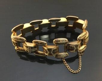 Strikingly Beautiful Vintage Fancy Brass & Enamel Metal Bracelet