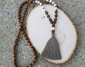 Smoky quartz and white howlite tassel necklace,Mala necklace,Yoga necklace,Bohemian necklace,Boho chic,Real gem necklace,Long necklace,Trend