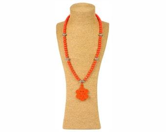 Orange Moroccan Necklace / Sautoir à perles en bois orange - Orange wooden beads / Pendentif passementerie - Trimmings pendant