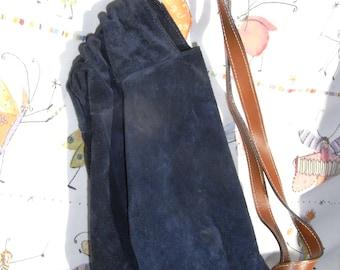 SALE: save 19,-eu !backpack, good condition, STYLE! darkblu, veloursleather
