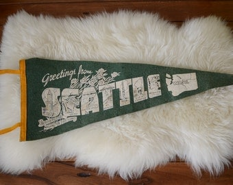 Vintage Seattle Pennant. Seattle Washington Wall Art. Felt Souvenir Pennant. Washington State. Seattle Art.