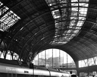 Estació de França, Barcelona - Black and White Photography