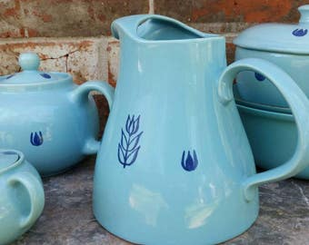 Midcentury Dru Holland Turquoise with dark blue floral motif on this fabulous large pitcher Perfect for ice tea or lemonade