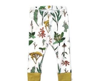 baby leggings // organic baby leggings // botanical print leggings // organic baby clothes // baby gift // toddler leggings // girl leggings