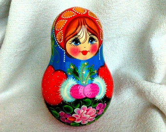 """4,7"""" (12cm) Traditional wooden doll Roly-poly with jingle"""