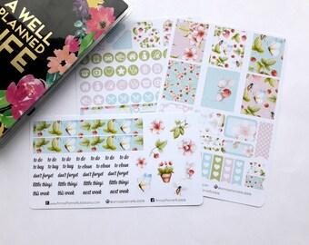 Mini Happy Planner weekly kit, spring flowers & bees, sticker kit, floral sticker kit, planner stickers, watercolor stickers,spring stickers