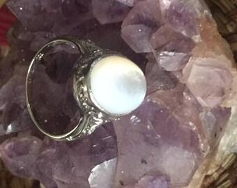 18k White gold Moonstone Ring