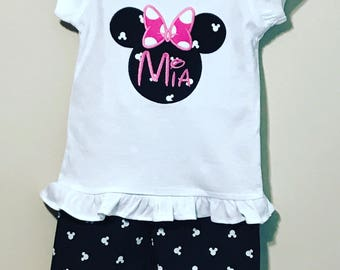 Girl clothes Minnie Mouse outfit. Blank, Pink and white Polka dot Minnie Mouse outfit. Minnie Mouse ruffle pants outfit. Disney clothes