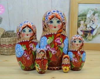 Hand made nesting doll, Gift for mom, Hand painted matryoshka in floral dress, Russian folk art, Gift for woman, Painting on wood