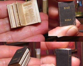 Miniature illustrated Antique Holy Bible . King James version . DollHouse . OPENABLE . tutorial . 17 pages .  DOWNLOAD - Scale 1:12