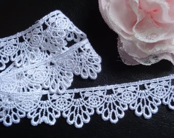 Venise Lace, 1+1/8 inch wide white selling by the yard