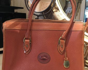 Vintage Dooney and Bourke Doctor Bag, Genuine Tan Leather Dooney and Bourke Purse