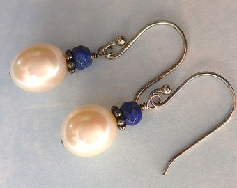 Pearl Earring, Pearl Drop Earring, Pearl and Lapiz Earring, Drop Earring, Dangle Pearl Earring, Lapiz Earring, Simple Pearl Earring