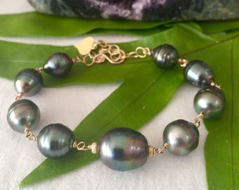 Adjustable 14k goldfill Tahitian Pearl Bracelet