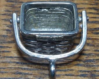 Longaberger silver tone pendant