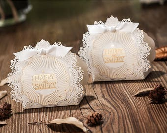 100 x Wedding favor box - Happy & Sweet Wedding - Lace Pattern (available in Red / White)