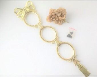 Hanging Gold Metal Oval Picture Frame / Vintage Photo Frame / Metal Frame / Picture Frame / 3 Picture Frame / Hanging Photo / Oval Photo