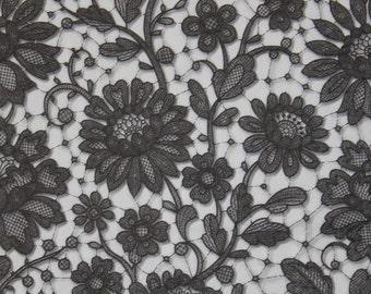 2 Paper Napkins for decoupage,Paper Napkins with Graceful Black Roses,Black-white napkins,Elegance,Decor Collection,Lace napkin.Nr73