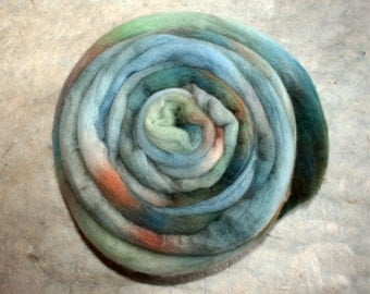 Hand-dyed Merino Wool 'Aquamarine' - combed tops