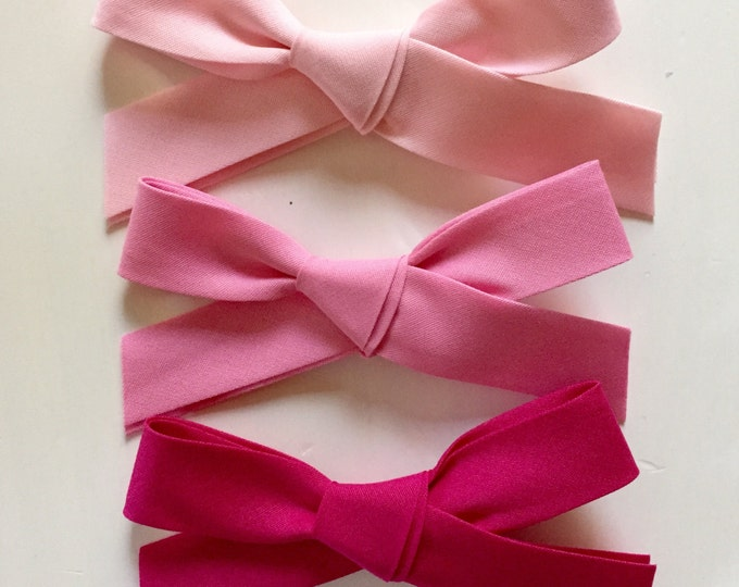 Large Retro Bow